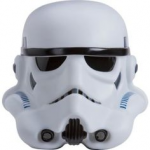 Une lampe blanche en forme de tête de Stormtrooper