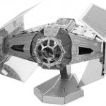 Maquette en métal du chasseur TIE amiral